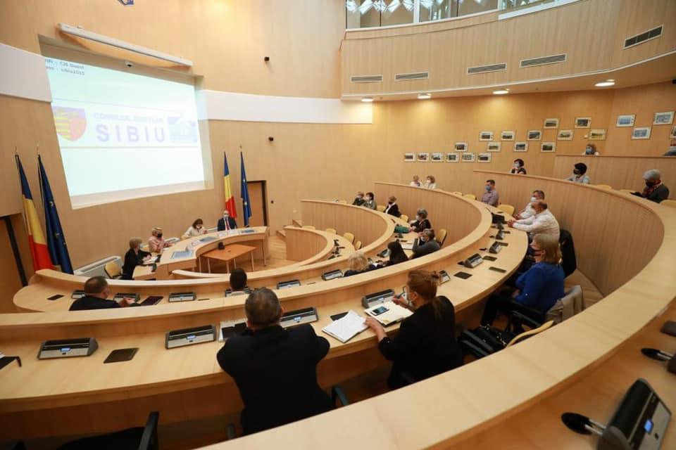 Turcan, Cîmpean, Cherecheș și ONG-urile au discutat despre îmbunătățirea legislației în domeniul asistenței sociale