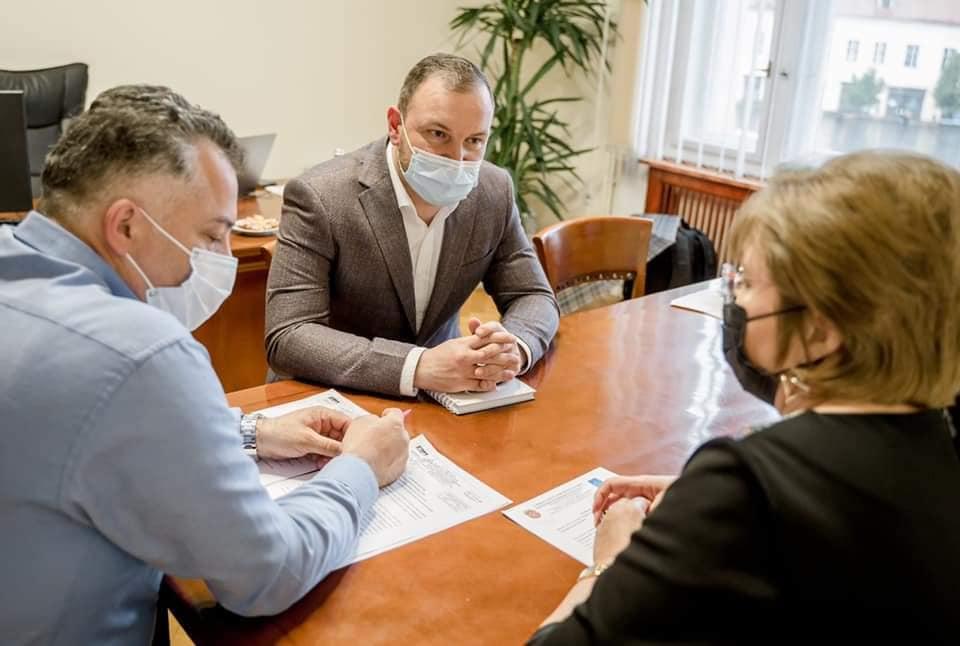 Adrian Bibu: Vom înființa trasee școlare pentru elevii din Municipiul Sibiu