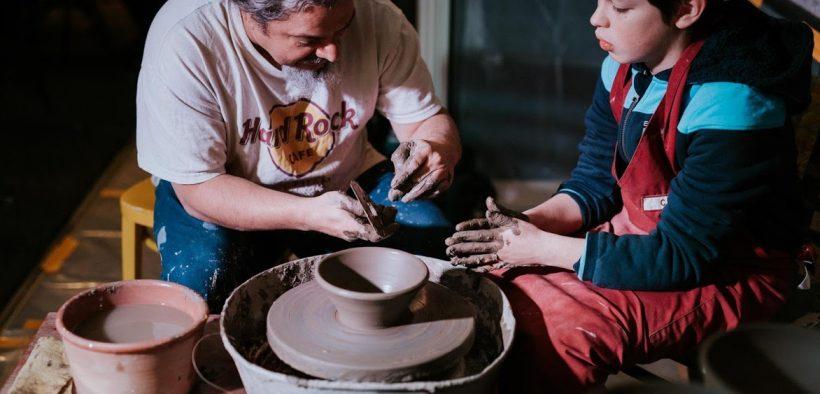 Ziua Copilului, sărbătorită prin ateliere de ateliere de olărit
