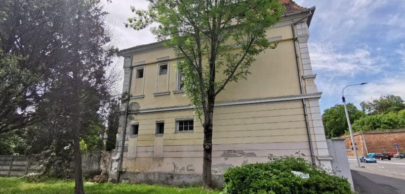 Un nou șantier deschis la Spitalul Județean: Clădirea Secției Clinice Dermato-Venerologie a intrat în reabilitare termică