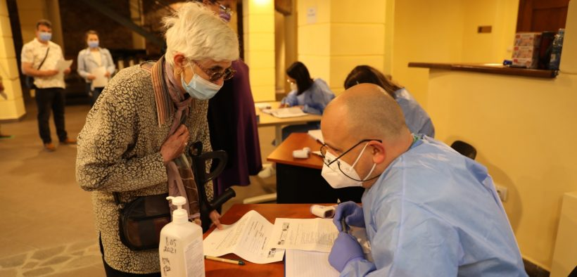 Aproximativ 70.000 persoane s-au vaccinat cu cea de-a doua doză