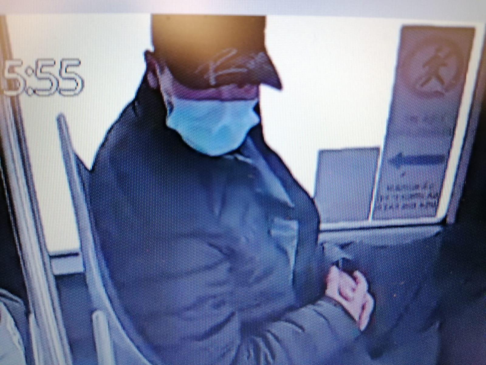 IPJ Sibiu vă solicită sprijin pentru identificarea hoțului din imagine