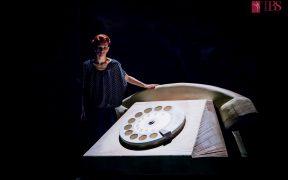 """Teatrul de Balet Sibiu încheie stagiunea 2020 – 2021 cu spectacolul """"Sînt o babă comunistă!"""""""