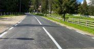 Drumul spre Păltiniș a fost asfaltat pe tronsonul din apropierea schitului