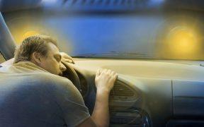 Un șofer a adormit la volan, pe Șoseaua Alba Iulia. Cum a fost trezit