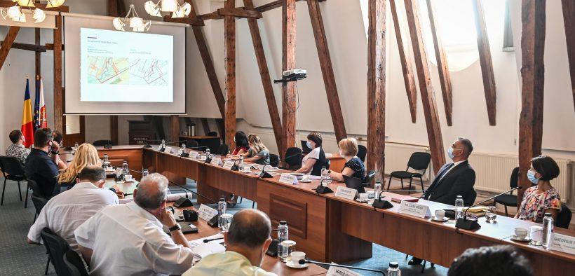 Dezbaterii privind construirea centrului pentru sport și agrement de pe malul Cibinului