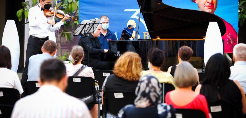 Turneul internaţional Stradivarius s-a deschis la Brukenthal