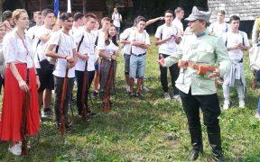 Jandarmul, învățătorul și vizitatorii își dau întâlnire în Muzeul ASTRA