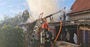FOTO Anexă gospodărească cuprinsă de flăcări la Sibiu